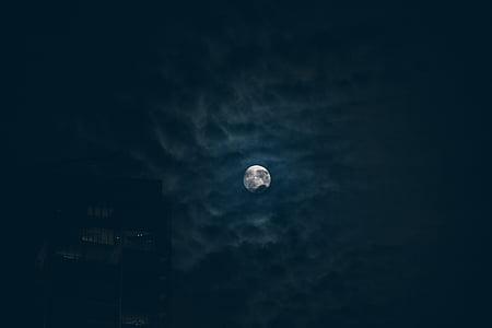 bygge, mørke skyer, fullmåne, månen, natt, nattehimmelen, silhuett