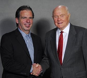 john glen, american hero, astronaut, shake hands, male, meet, official