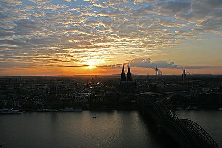Cologne, sông Rhine, cây cầu Deutzer, Nhà thờ Cologne cathedral, hoàng hôn, Rhine tàu, sông