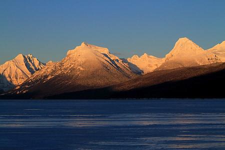 Llac mcdonald, paisatge, muntanyes, horitzó, pic, assolellat, ombres