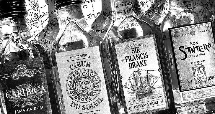 rumm, alkoholi, pudelid, erineva päritoluga, alkohoolne jook, jook, Natüürmort