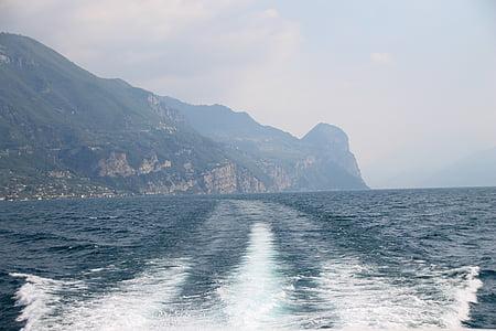 Itàlia, Garda, l'aigua, viatge en vaixell, Limone-sul-garda, vista sobre el llac, natura