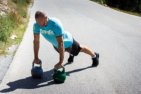 CrossFit, Taco Flēra, cavemantraining, kettlebell, dēļa, kettlebells, kettlebell apmācības
