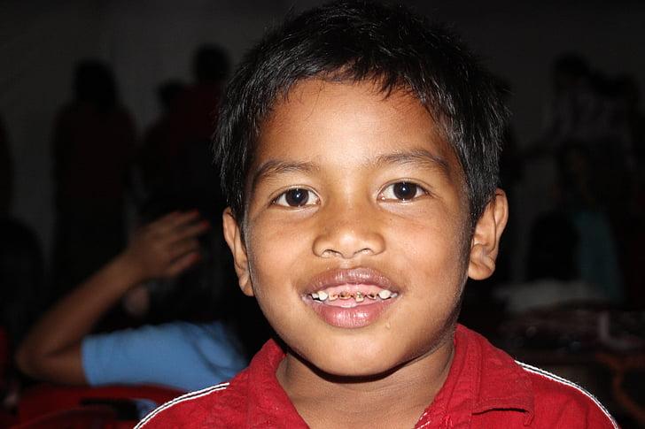 engins de BES, Smile, garçons, enfant plus âgé, garçon, Portrait, édenté