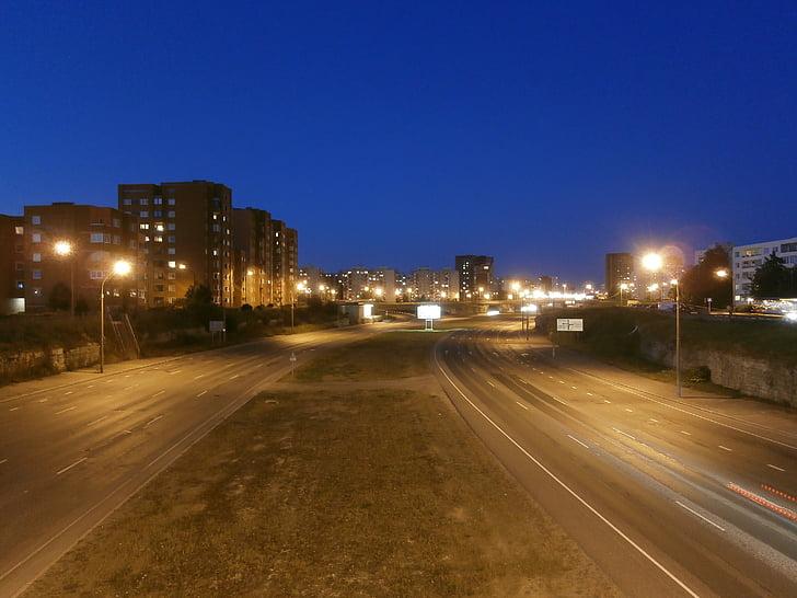 carrer, nit, llum, ciutat, urbà, carrer de la ciutat