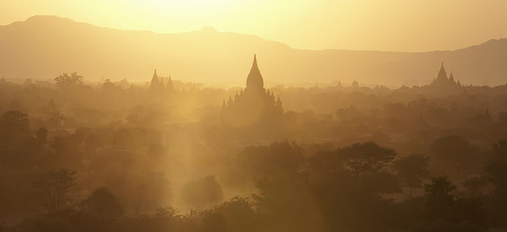 bagan, myanmar, sunset, golden light, travel, tourism, travel destination
