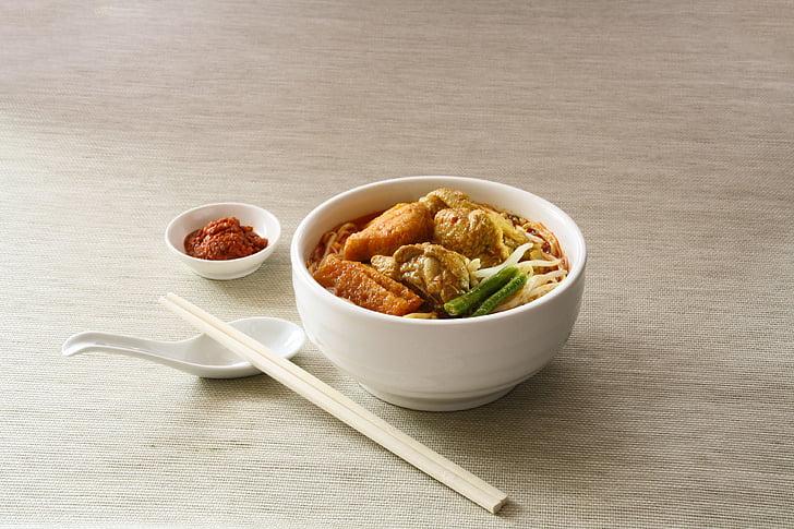 toidu, nuudel, supp, chili, kaste, kauss, söögipulgad