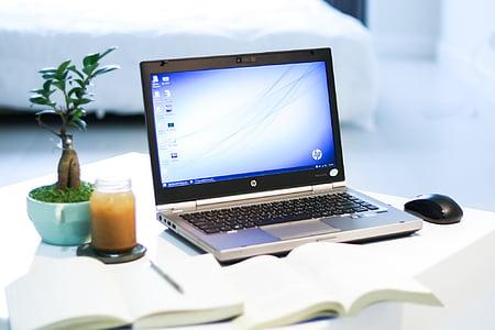 Technológia, produkt, biela, čerstvé, jednoduché, minimalizmus, laptop