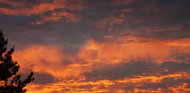 Sunset, õhtul, Horizon, taevas lõõskav, pilved, Punane oranž taevas, oranž punane taevas