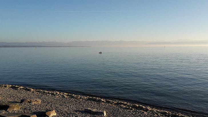 Llac de Constança, a la tarda, l'hivern, aigua