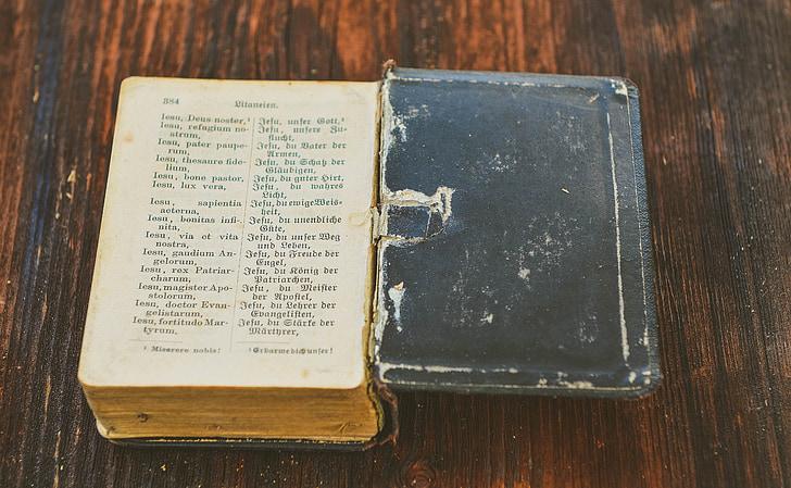 llibre, llibre d'oracions, fe, religió, llibre antic, mobles, usats