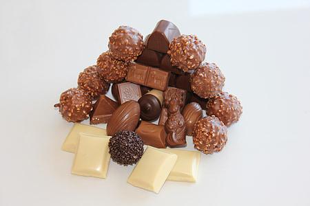 шоколад, Білий шоколад, шоколадно-коричневий, цукерки, шоколадні цукерки, цукерки куль магазин, бренд