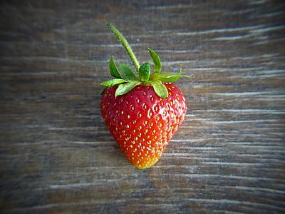 maasikas, puu, toidu, värske, terve, värsked puuviljad, Armas