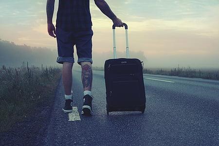 tramp, cestovatel, cesta, cestování, muž, jde, kufr