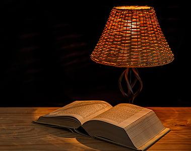 luce, Lampada, Lampada da comodino, illuminazione, paralume, illuminare, libro