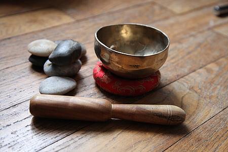 Bol Tibetà, meditació, còdols, fusta - material, no hi ha persones, estudi de tir, l'interior