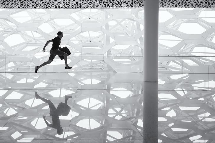 home que corre, pis de vidre, reflexió, vidre, pis, home, empresari