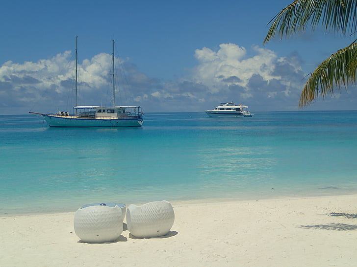 sand beach, seat cushions, boats, maldives, palm, white, turquoise
