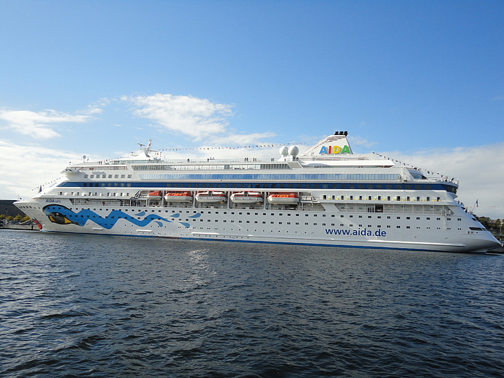 fartyg, hamn, passagerarfartyg, Kiel, Östersjön, Aida, Aida cara