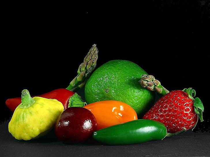 cerises, poivrons, fraises, limes, asperges, légumes, plantes