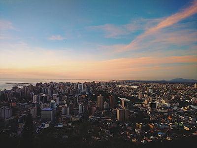 ciutat, ciutat-desafiament, núvols, horitzó, cel, horitzó, urbà