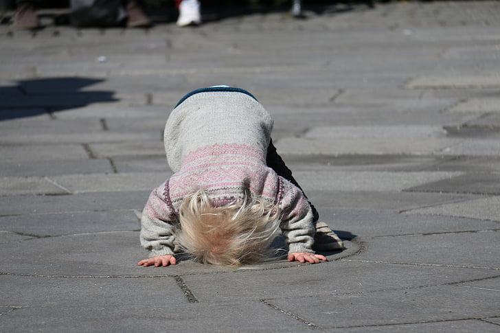 dítě hrající, hrát, přehrávání, dětinské, děti si hrají, Veselé, Kid