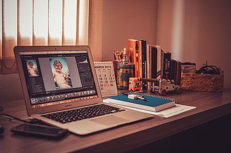 Avage, MacBook, õhu, pruun, puidust, Tabel, sülearvuti