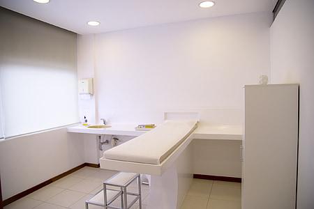 sala de tractament, Oficina, metge, equipatge, sofà, moderna, l'interior