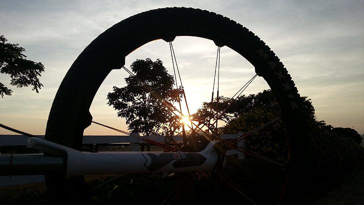 Закат, колесо, велосипед, горный велосипед