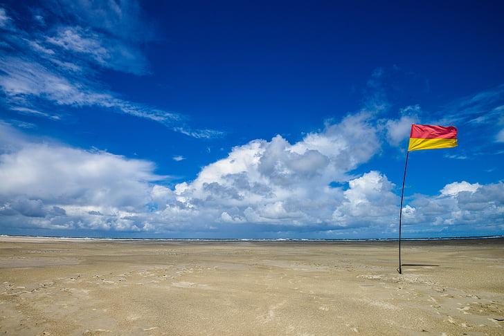 praia, céu, céu azul, Bandeira, nuvem - céu, areia, azul