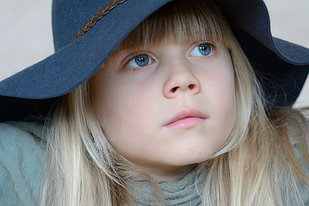 dítě, Děvče, Blondýna, obličej, klobouk, Podívej, portrét