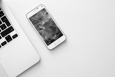 smartphone, mobilné, laptop, počítač, Technológia, podnikanie, čierna a biela