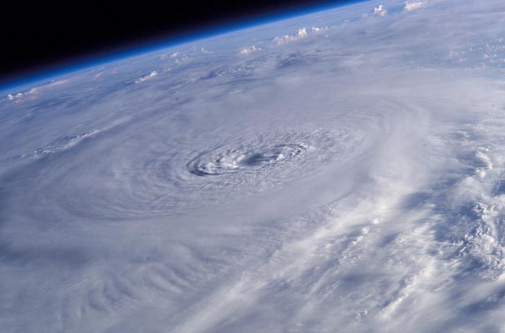 hurricane lili, international space station, earth, atlantic ocean, 2002, storm, category 4
