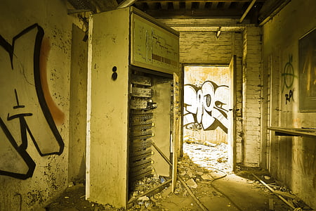 elhagyott, Art, épület, omladozó, piszkos, graffiti, fal