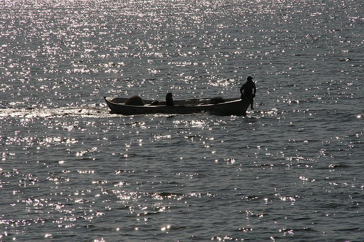 rybár, loďou, priehrada
