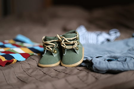 shoes, pregnancy, child, clothing, family, darling, shoe
