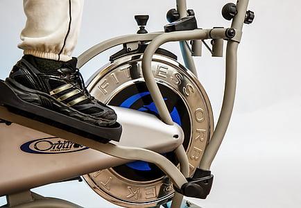 Cross trainer, elipsveida treneris, uzdevums, dažādus trenažierus, atbilst, fitnesa, apavi