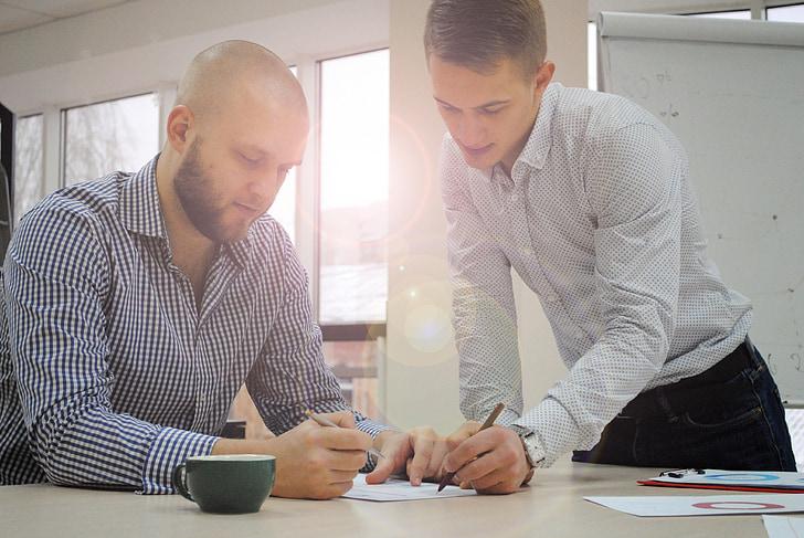 rakstīt, palīgā, uzņēmējdarbības, vīrieši, diskusija, divi, krekli