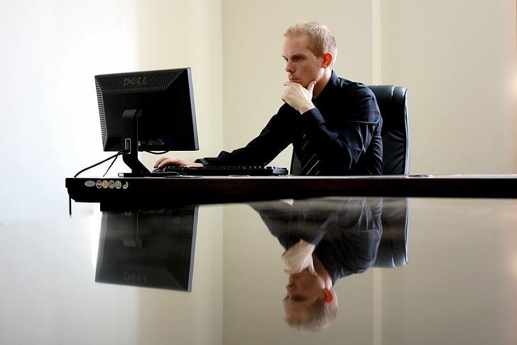 cilvēki, vīrietis, puisis, biroja, rakstāmgalds, darba, dators