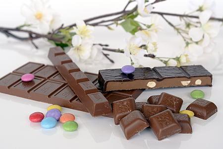 шоколад, Швейцарський шоколад, цукерки, смачні, клювання, Солодкий, горіхи