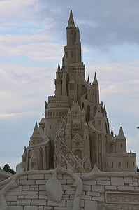sand sculpture, structures of sand, tales from sand, fairytales sand sculpture, castle, sand castle