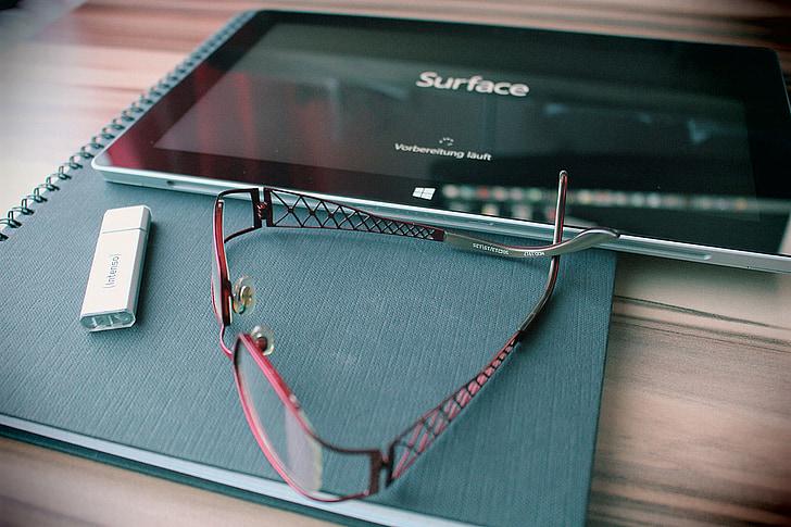 lugemisprillid, USB mälu, andmete stick, tablett, prillid, mälupulk, pind