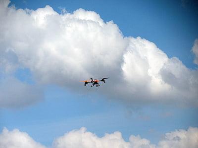 quadrocopter, abellot, controlat remotament, volar, model de, quadricopter, Videografia aèria