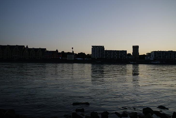 rheinauhafen, Cologne, Jembatan, olahraga museum cologne, Stasiun Kereta