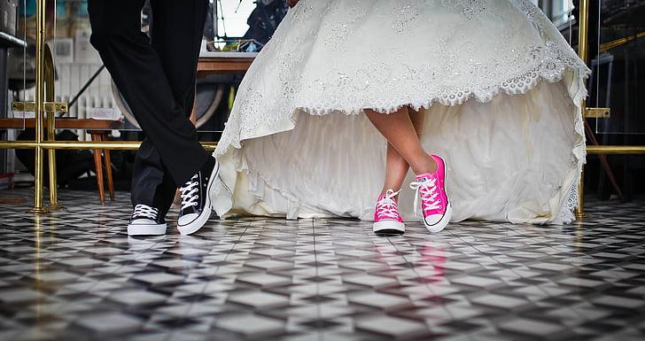 nupcial, fill de la Llei, matrimoni, casament, sabates, secció baixa, cama humana