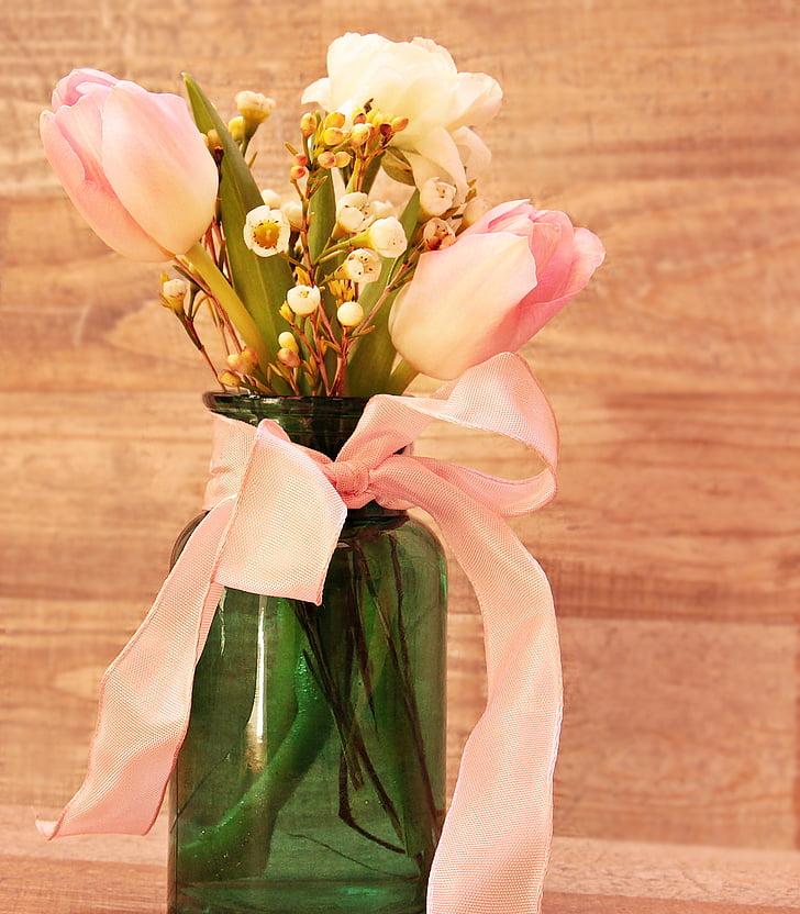 tulpes, Ranunculus, vāze, ziedi, ziedu vāze, pavasara ziedi, Pavasaris