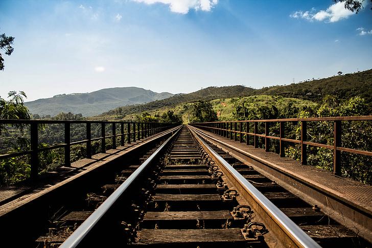 pont del ferrocarril, vies del ferrocarril, vies del tren, pistes, ferrocarril, recta, horitzó