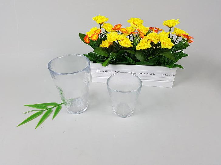 stiklo taurės, puodelis, Harmonija, gėlės, Natiurmortas