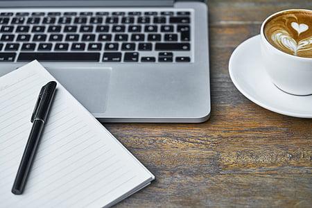 ordinador, portàtil, Llibreta, ploma, taula, tecnologia, close-up