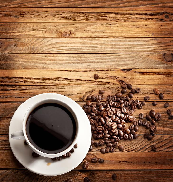 kafijas, kafijas tasi, kafijas pupiņas, dzēriens, tumša koka paneļiem, kafijas tasi, pārtika